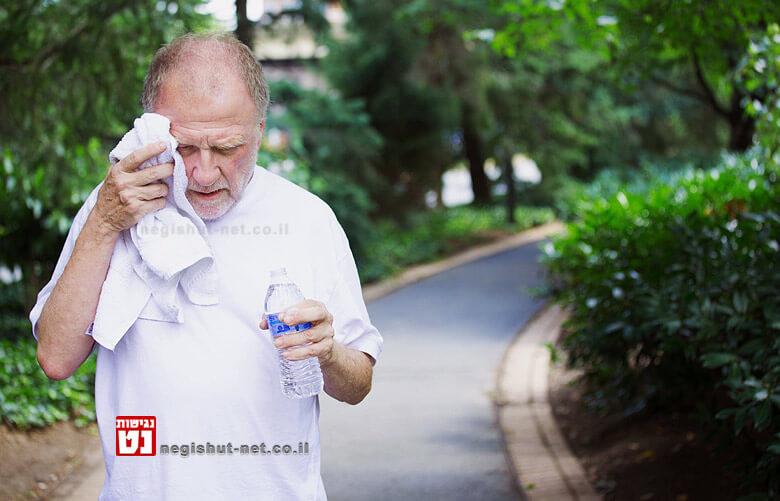 המלצות להתמודדות עם מזג אוויר חם בגיל המבוגר