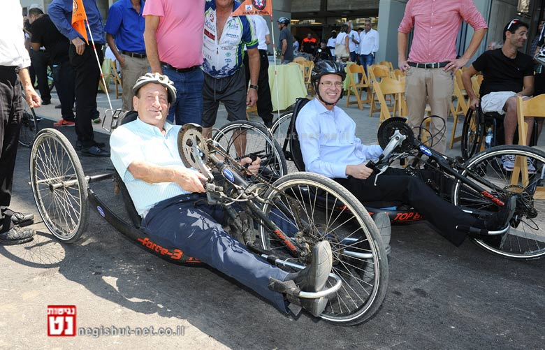מרכז האופניים הראשון בישראל לבעלי צרכים מיוחדים נחנך הבוקר במעמד שר התיירות וראש עיריית תל אביב-יפו | צילום: כפיר סיון