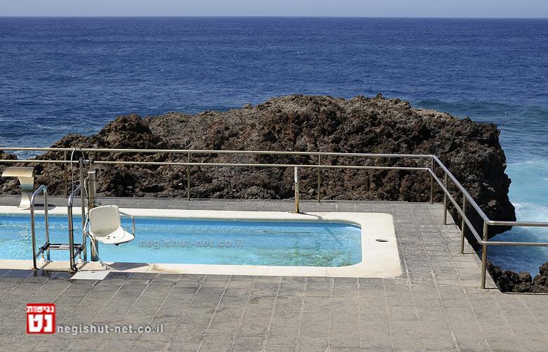 כ- 85 אחוזים מבריכות השחייה שנבדקו בישראל, לא נגישות| צילום: ארכיונגישות-נט | עיבוד: שולי סונגו ©
