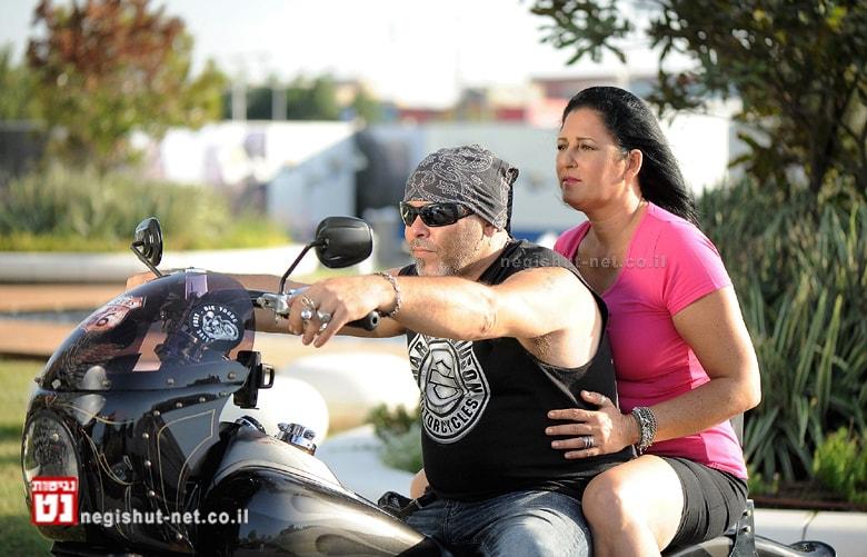 המחלימות מקבוצת גמאני וחברי מועדון רוכבי הארלי |צילום: סטודיו R רמי נחום